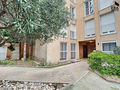 A VENDRE APPARTEMENT TYPE 3  MARSEILLE 13014 BON SECOURS TERRASSE PARKING